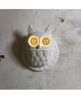 Nordic owl shape creative staircase corridor aisle resin wall lamp
